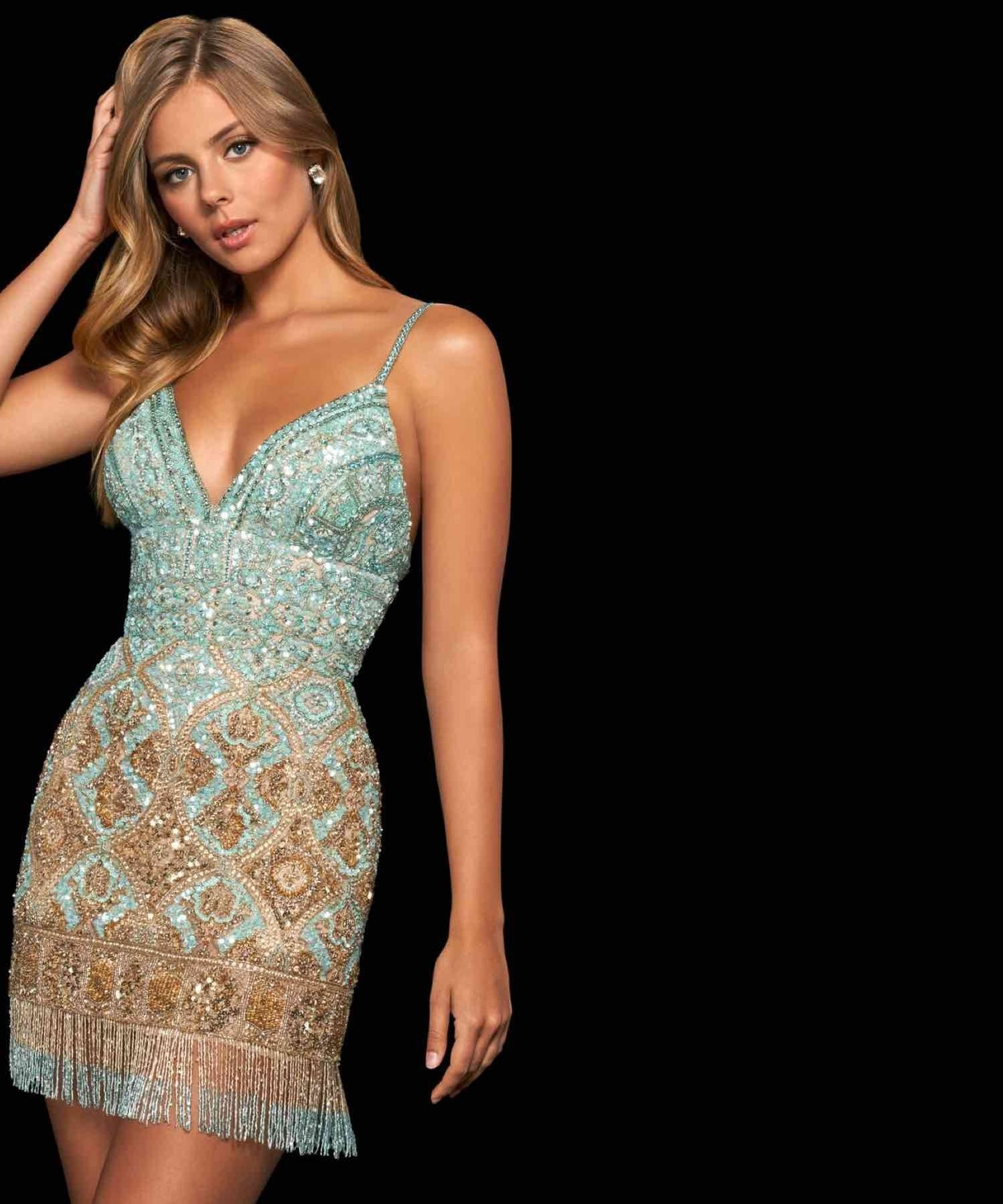 Woman with blonde hair wearing Sherri Hill homecoming dress